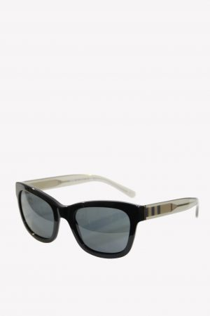 Burberry Sonnenbrillen in Schwarz aus Kunststoff .1